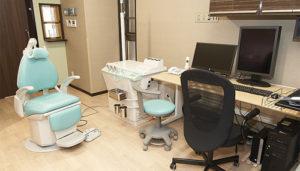 新館1階:耳鼻咽喉科診察室